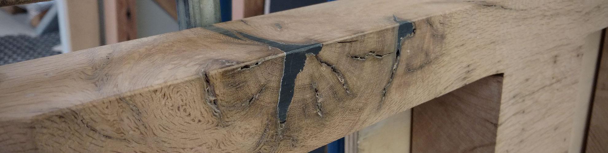 Hoekreparatie met knoestvuller